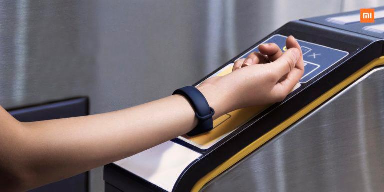 Бесконтактная оплата фитнес-браслетом по технологии NFC